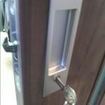 鍵付き戸先鎌錠
